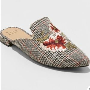 A New Day Eve Plaid Embroidered Mules